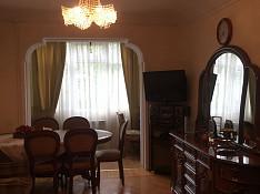 3-otaqlı mənzil icarəyə verilir, Xəqani küç., 65 m² Bakı