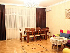 3-otaqlı mənzil icarəyə verilir, Rəşid Behbudov küç., 156 m² Bakı