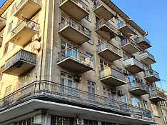 2-otaqlı mənzil , Bakıxanov küç., 50 m² Баку